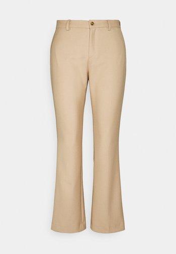DORI  - Pantalon classique - camel