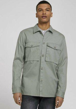BASIC  - Shirt - greyish shadow olive
