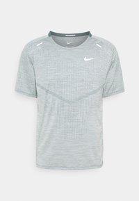 Nike Performance - TECHKNIT ULTRA  - T-shirts print - hasta/barely green - 0