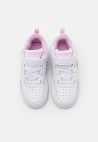 Nike Sportswear - COURT BOROUGH 2  - Sneakersy niskie - white/multicolor/light arctic pink - 3