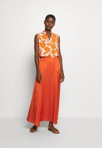 Emily van den Bergh - BLOUSE - Bluser - white/orange - 4