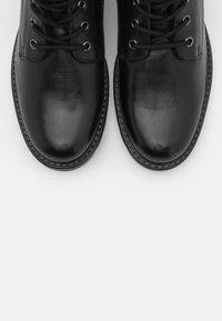 Anna Field - LEATHER - Šněrovací kotníkové boty - black - 5