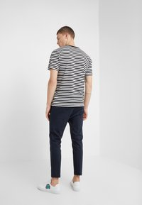 DRYKORN - JEGER - Trousers - navy - 2