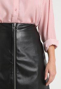 Urban Classics Curvy - LADIES ZIP SKIRT - A-line skirt - black - 4