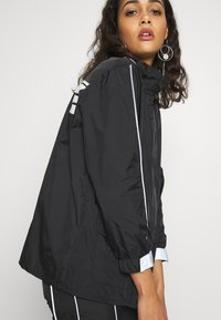 Missguided - CODE CREATE JACKET WITH REFLECTIVE PIPING - Bomber Jacket - black - 3