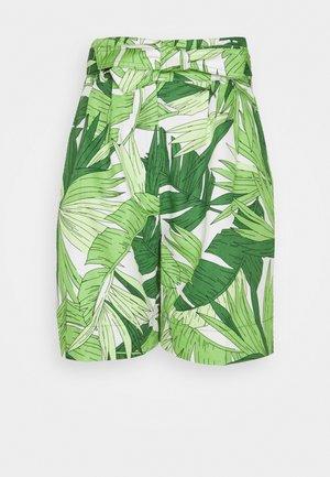 PALM BREEZE PLEATED - Shorts - foliage green