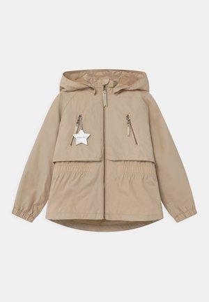 ALGEA - Waterproof jacket - doeskin sand