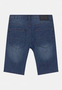 Staccato - BERMUDAS - Denim shorts - light blue denim - 1