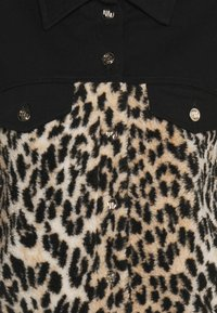 maje - BAMION - Denim jacket - noir/camel - 2