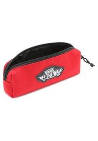 Vans - UY OTW - Pencil case - chili pepper - 2