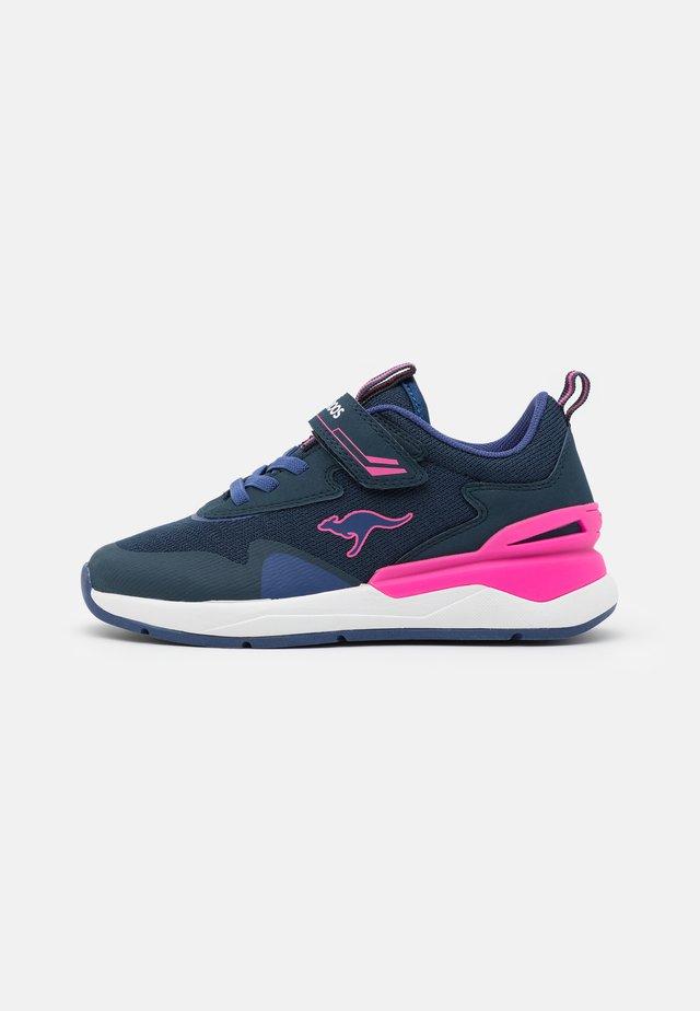 KD-GYM  - Sneakers laag - dark navy/fandango pink