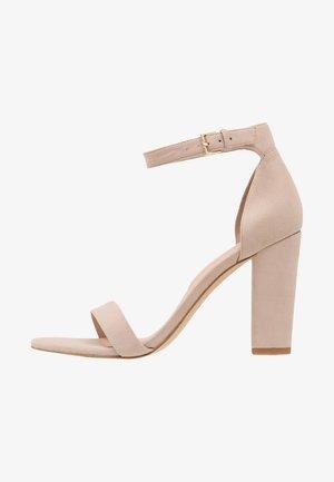 JERAYCLYA - Sandály na vysokém podpatku - bone