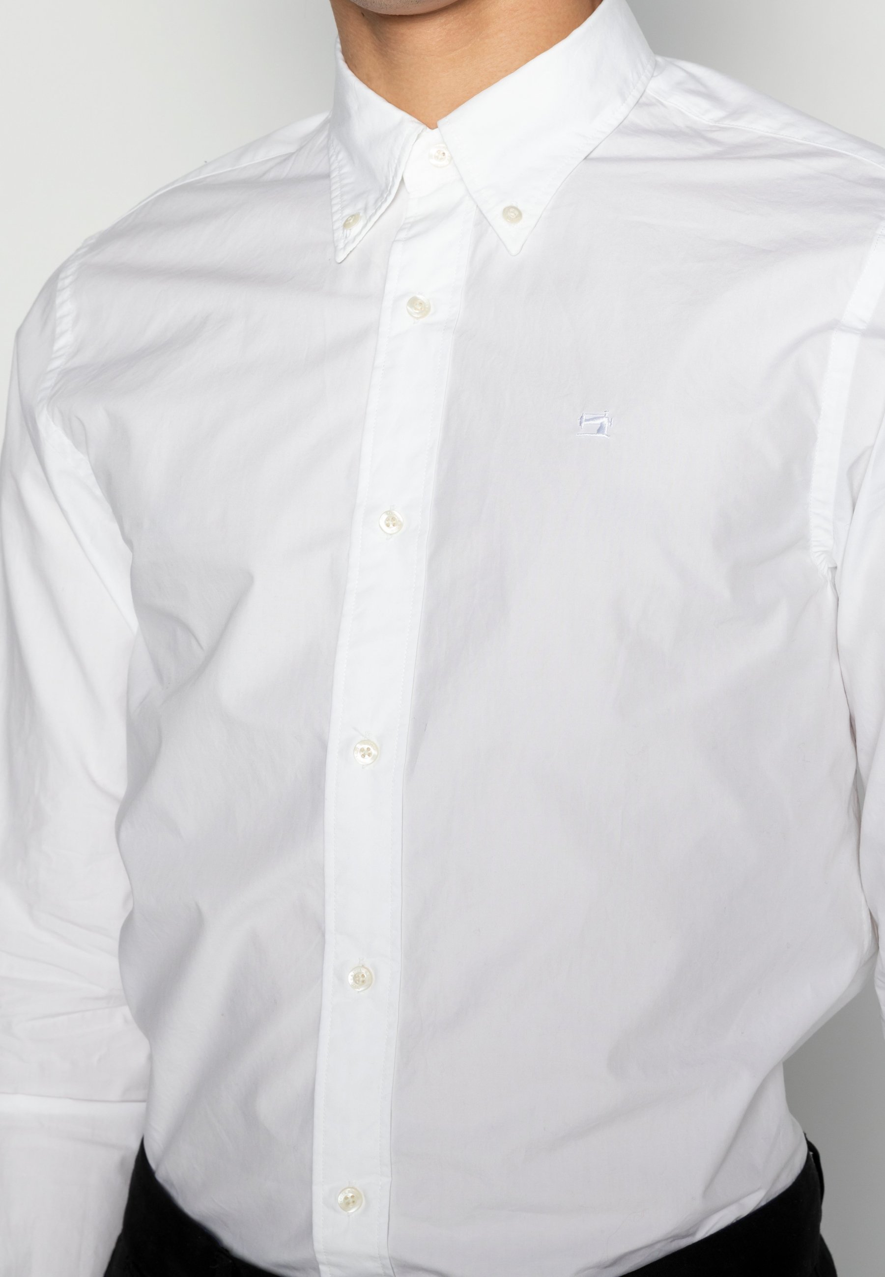 Hombre CRISPY REGULAR FIT BUTTON DOWN COLLAR - Camisa