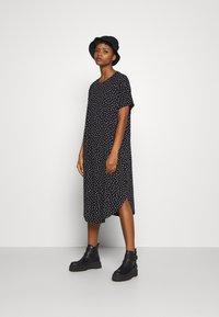 Monki - ROMA DRESS - Jerseykjole - black - 1