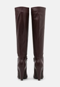 Wallis - PINNIE - Boots med høye hæler - mulberry - 3