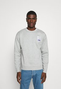 Nike SB - STRIPES CREW UNISEX - Sweatshirt - grey heather/white - 0