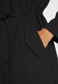 ONLY - ONLSILLE DRAPY LONG COAT - Classic coat - black - 5