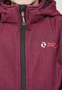 ZIGZAG - MANON MELANGE WATERPROOF - Light jacket - 4072 pink peacock - 3