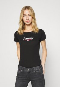 Tommy Jeans - ESSENTIAL LOGO TEE - Print T-shirt - black - 0