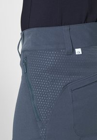 Calvin Klein Golf - ARKOSE CAPRI - 3/4 sports trousers - navy - 4