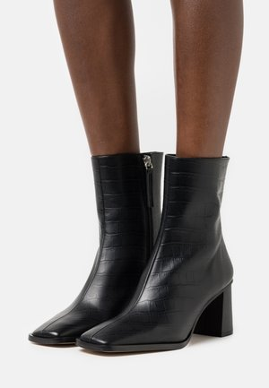 WEST CAPE  - Classic ankle boots - black