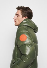 Save the duck - LUCKY - Winter jacket - thyme green - 4