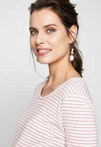 bellybutton - ARM - Camiseta estampada - white/red - 3