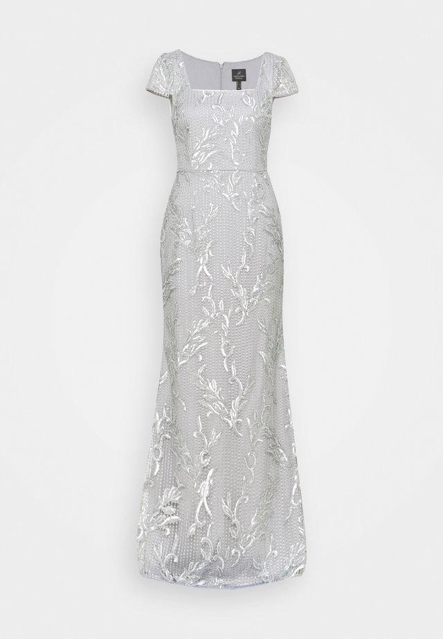 SEQUIN EMBROIDERY MERMAID GOWN - Společenské šaty - silver dove