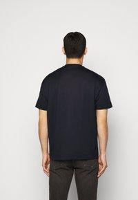 Emporio Armani - Basic T-shirt - dark blue - 2