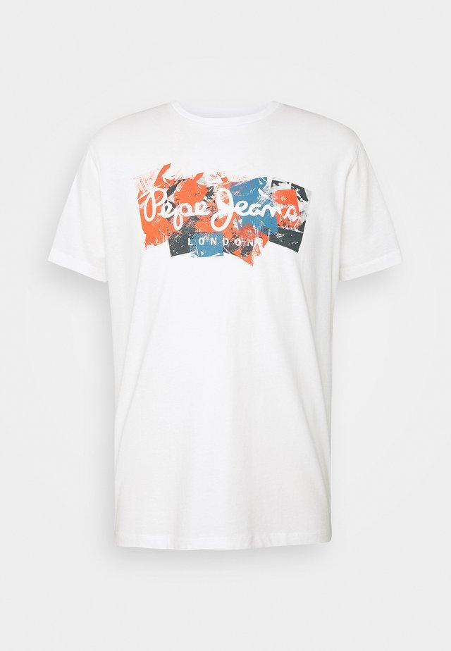 WILLIAM - Print T-shirt - white
