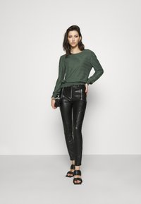 ONLY - ONLKELLY SHORT - Long sleeved top - pine grove - 1