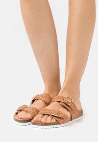 Anna Field - Slippers - cognac - 0