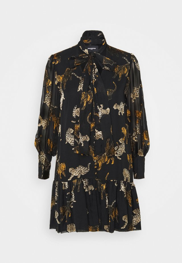 ROBE - Blousejurk - brown