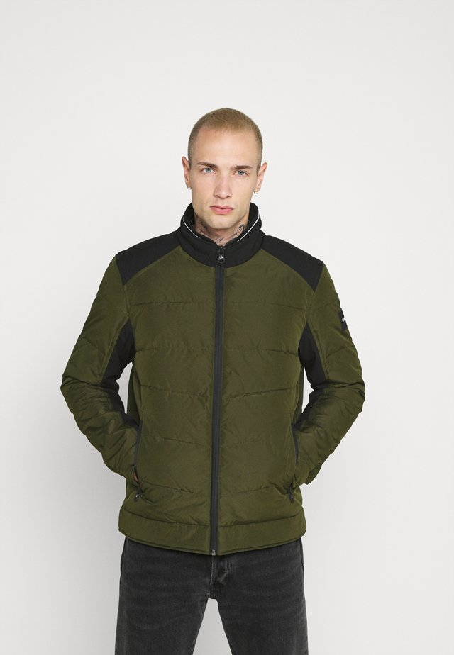 QUILTED JACKET - Light jacket - green