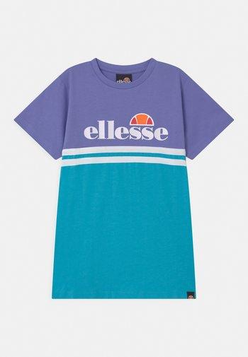 COCOMERO OVERSIZED - T-Shirt print - purple