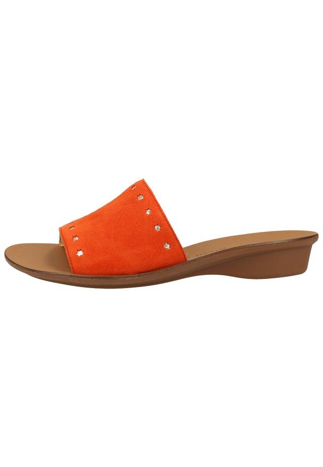 PAUL GREEN PANTOLETTEN - Sandaler - orange 26