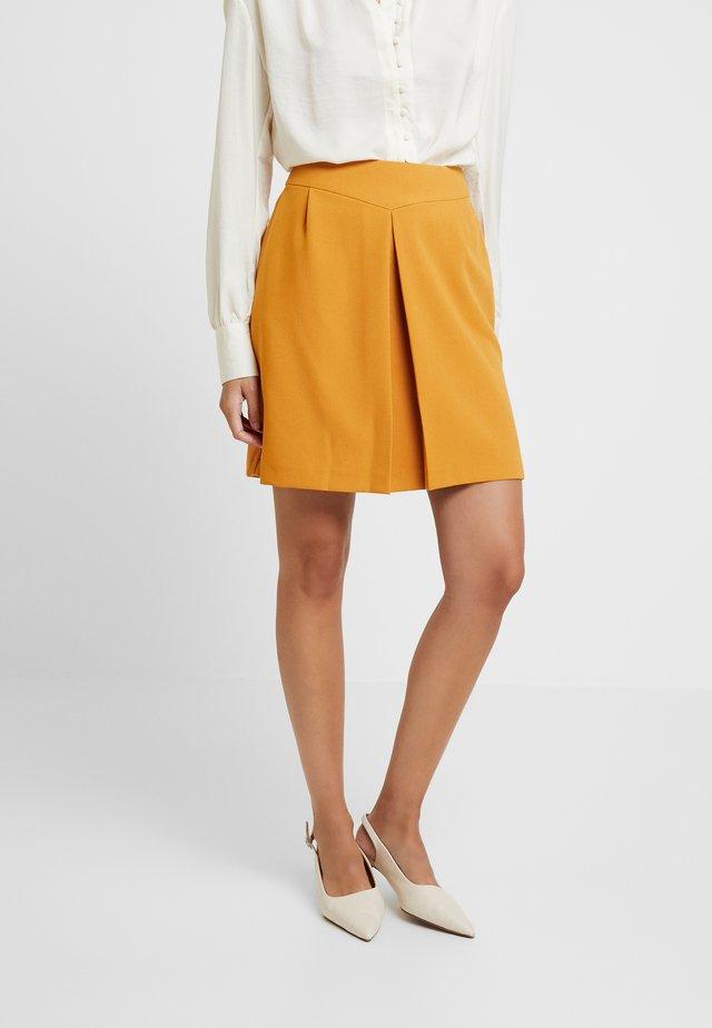 Mini skirts  - ginger