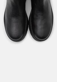 Pavement - VIOLA - Platåstøvletter - black garda - 5