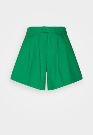 AMBER - Shorts - grass green