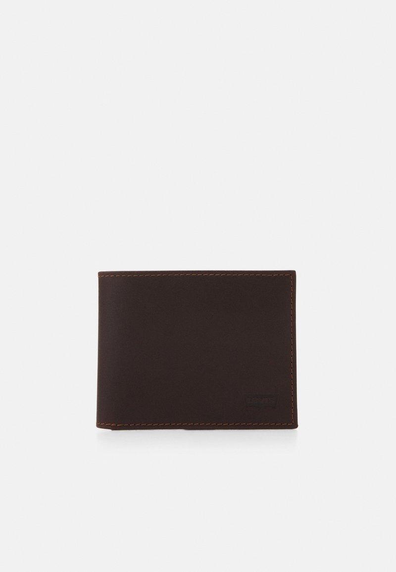 Levi's® - CASUAL CLASSICS HUNTE COIN BIFOLD BATWIN - Wallet - dark brown