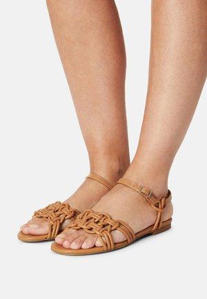 Sandály - seta miel
