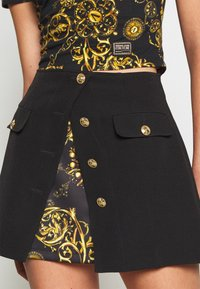 Versace Jeans Couture - SKIRT - Mini skirt - black - 3