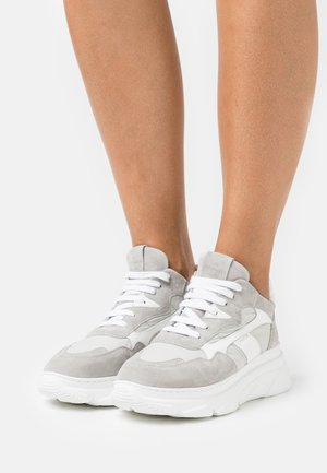 CPH51 - Sneakers laag - light grey