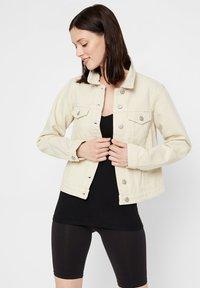 Pieces - Denim jacket - almond oil - 0