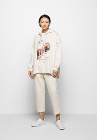 Mother of Pearl - ORGANIC PEARL CORD STOPPER - Tracksuit bottoms - oatmeal - 1
