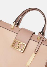 ALDO - AMALL - Handbag - bone - 4