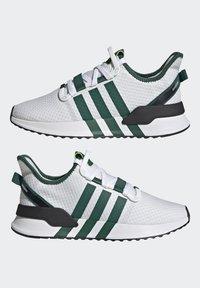 adidas Originals - U_PATH RUN UNISEX - Tenisky - crystal white/collegiate green/core black - 8