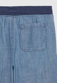 OshKosh - BOYS TEENS - Shorts - blau - 2