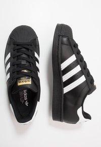 adidas Originals - SUPERSTAR  - Sneakers - core black/footwear wihte - 0