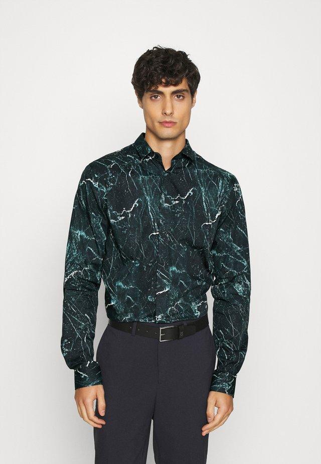 MARON SHIRT - Košile - green